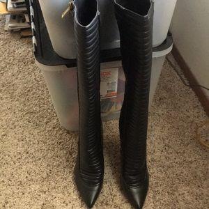 Brand new heeled boot